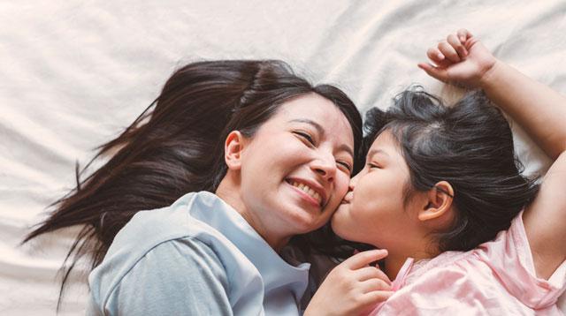 27 Reasons Pinay Moms Love Motherhood: 'Mama Pa Rin Ang Hahanapin Nila'