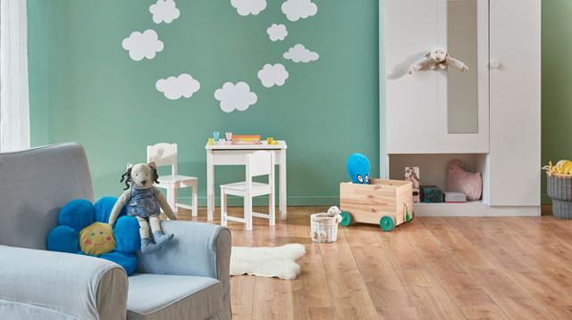 Where to Find Wall Stickers for Your Child's Bedroom (No Need for a New Paint Job!)