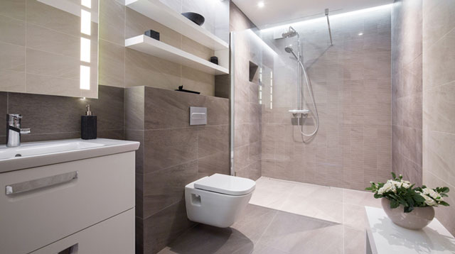 Porcelain or Ceramic for Bathroom Tiles: Which One Will Save You More Money?