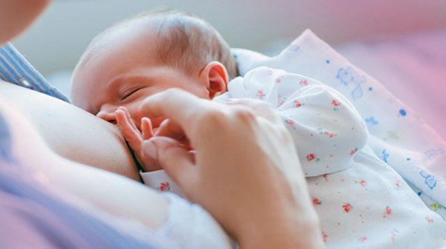 Mabigat Dalhin sa Kaisipan ang Pressure ng Breastfeeding