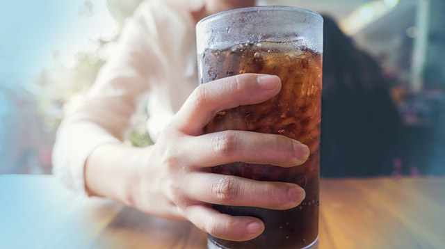 Singapore Will Be The First Country To Ban Advertisements For High-Sugar Drinks In 2020