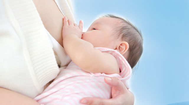 10 Ways You And Your Baby Can Benefit From Breastfeeding
