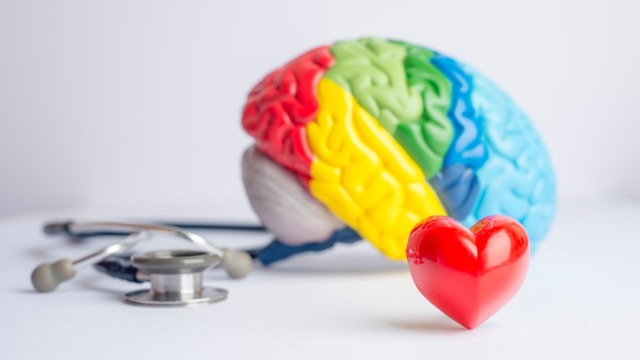 These 5 Best Ways To Reduce Your Risk Of Heart Disease Can Protect Your Brain Too
