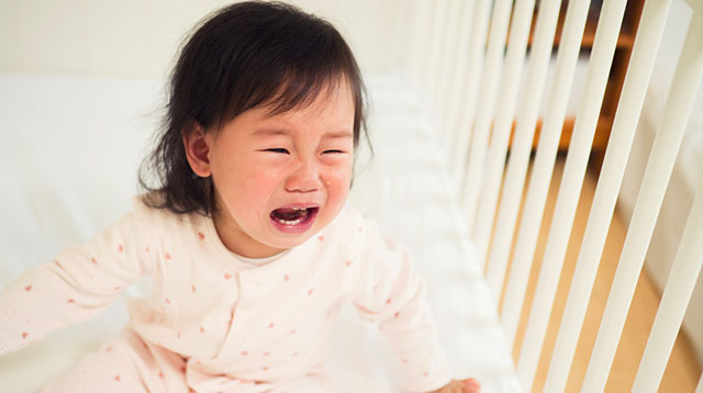 Iyakin Si Baby! How To Manage A Clingy Infant