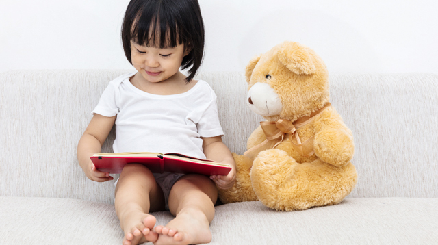 Is There A 'Right Age' For Kids To Start Reading? 10 Ways You Can Encourage Your Child