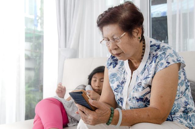 'Natural Lang Sa Lalaki Ang Mambabae' At Iba Pang Kakaibang Advice Mula Sa Mothers-In-Law