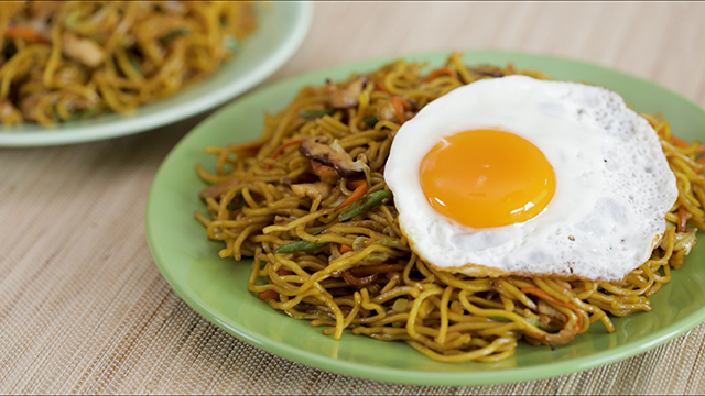 All The Ways You Can Upgrade Your Instant Pancit Canton!