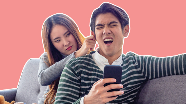 Your Phone is Slowly Killing Your Relationship, Says a Study
