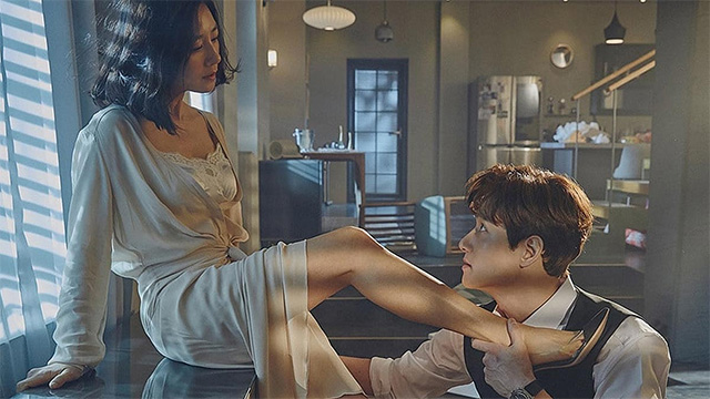 'A World Of Married Couple': Our New Fave K-Drama Is Dark And Twisted