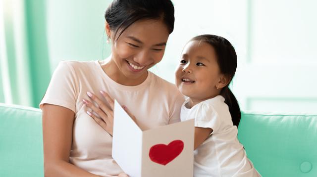#BakaNaman Po? Ito Ang Mga Best Mother's Day Gifts Kahit ECQ, Sabi Ng Mga Mommies