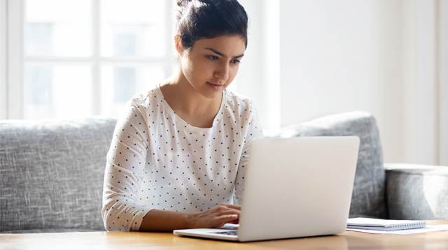 Investing On A Laptop For Online Jobs? Look For These Specs, Says Work-From-Home Moms