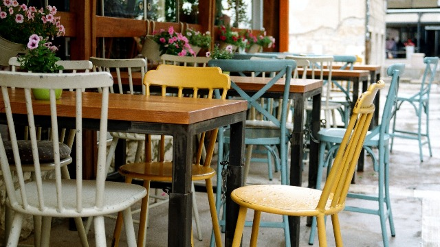 DOH Recommends Dining Al Fresco In Restos To Reduce Risk Of COVID-19