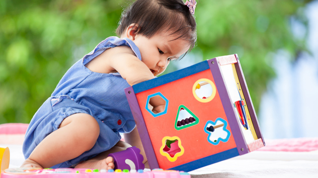 Madaldal, Magulo Ang Gamit? 9 Signs Your Child Is Smarter Than Average, Say Experts