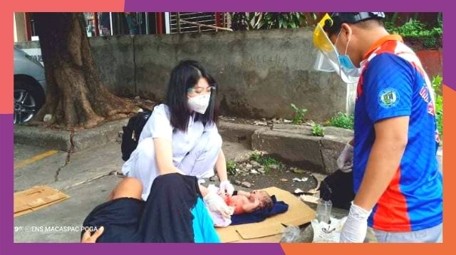 Nurse Calmly Helps Homeless Woman Deliver Her Baby On Sidewalk