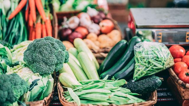 Fruit And Veggie Storage Hacks! Alin Ang Dapat At Hindi Dapat Naka-Ref