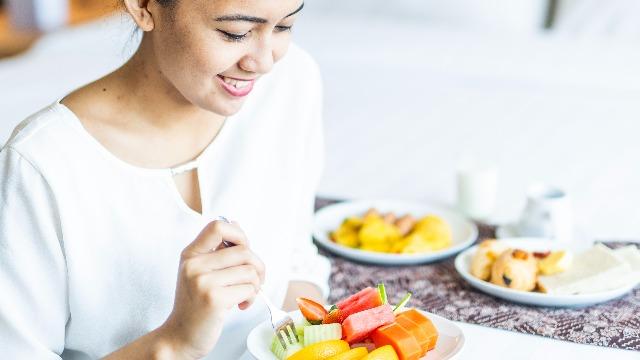 Matinding Pregnancy Cravings Mula Tinolang May Ketchup Hanggang Apple Na May Dilis?!