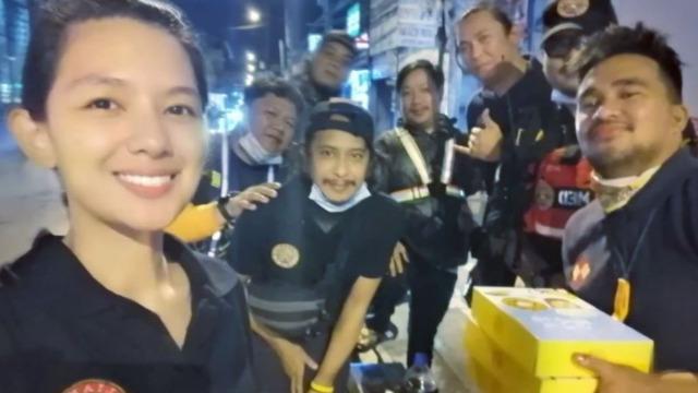 Nag-Volunteer Si Jennica Garcia Sa Rescue Operations Ng Typhoon #UlyssesPH