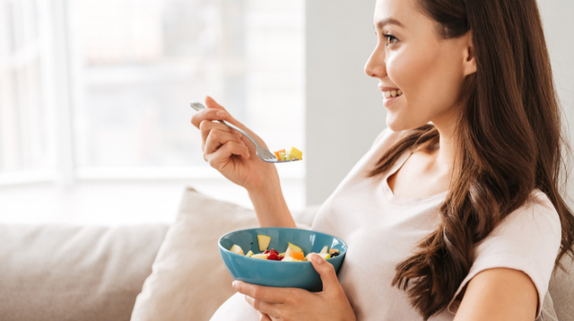 Your Postpartum Diet Plan: What To Eat To Combat Constipation, Fatigue, And Swelling