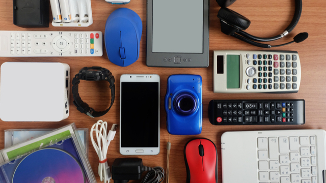 Where To Dispose Old Mobile Phones, Speakers, And Other Unused Electronic Devices