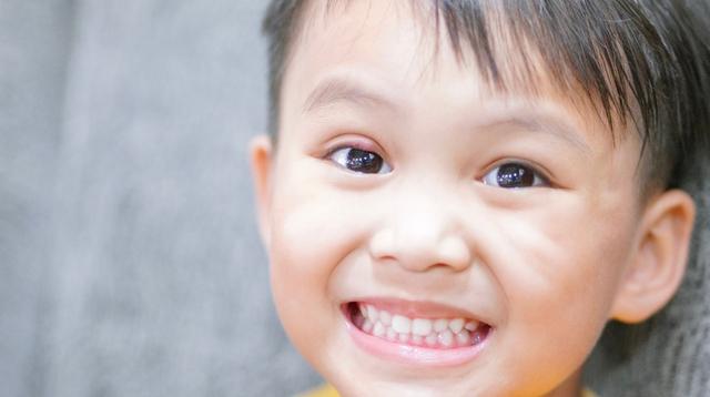 Paano Malaman Kung Mild, Moderate O Severe Ang Pamamaga Ng Eyelid Sa Bata
