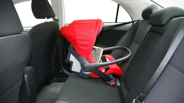 Kasama Ba Ang Ride-Hailing Service Sa Child Car Seat Law?