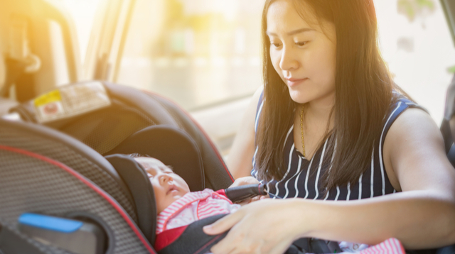 Expert Says Kids Under 4 Should Be In Rear-Facing Car Seats: 'You Need To Protect Them'