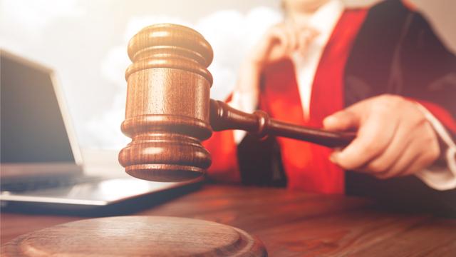 Supreme Court: Maaaring Gamitin Ng Legitimate Child Ang Apelyido Ng Nanay