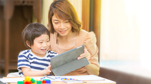 Should You Enroll Your Child In Preschool This Year? Expert Weighs In