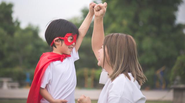 'Ma, May X-Ray Vision Ka Ba?': Mga Superpowers Na Mayroon Ang Mga Magulang Ayon Sa Anak Nila