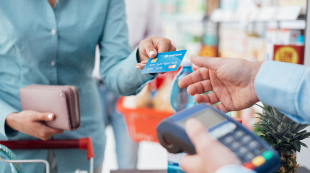 This Credit Card Lets You Get Your Money Back Up To P12,000 Yearly