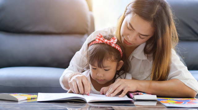 Traditional, Eclectic, Unschooling: Take A Look At These Popular Homeschooling Methods