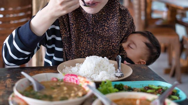 Matamis, Maasim, Maanghang: Ano Ang Bawal Kainin Kapag Breastfeeding?