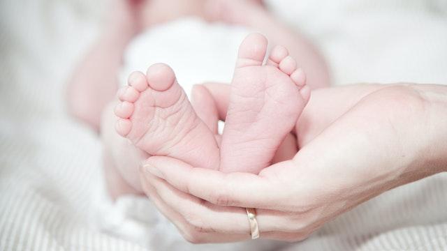 Shaken Baby Syndrome: 12 Sintomas Na Dapat Bantayan