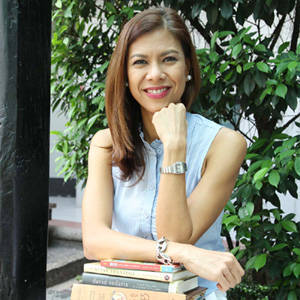 My Favorite Books: What's On Suzi Abrera's Bookshelves