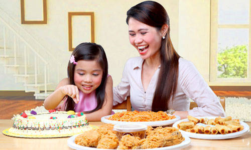 Long-Distance Love: Send Food Packages via the Goldilocks Padala Online Program