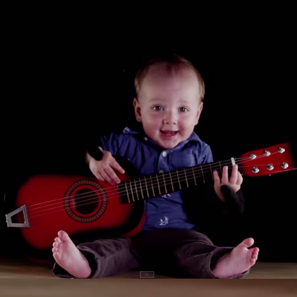 This Made our Day: Baby is a One-Man Band