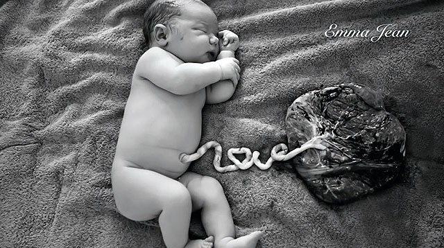 "This Beautiful Photo of A Newborn is Pure ""Love"""