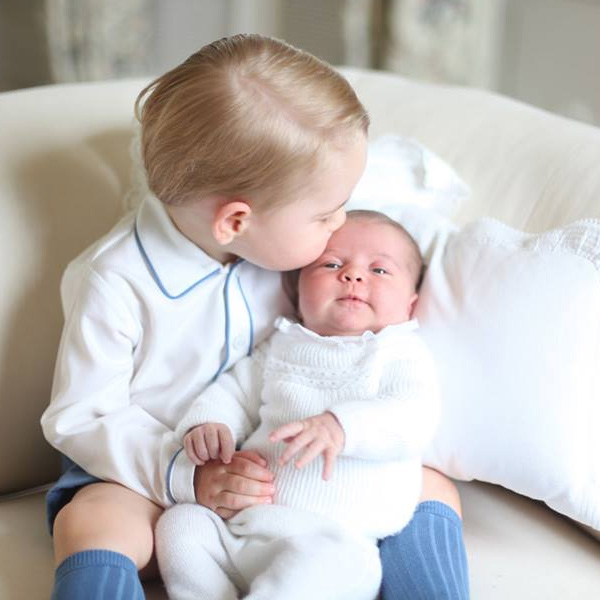 PHOTOS: Prince George Introduces Baby Sister to the World