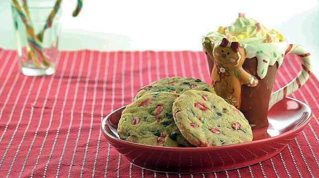 Weekend Recipe: Peppermint Chocolate Chip Cookies