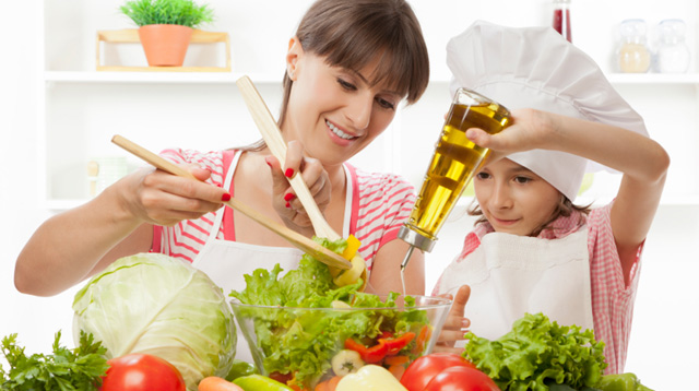 7 Valuable Lessons a Child Learns in Culinary Class