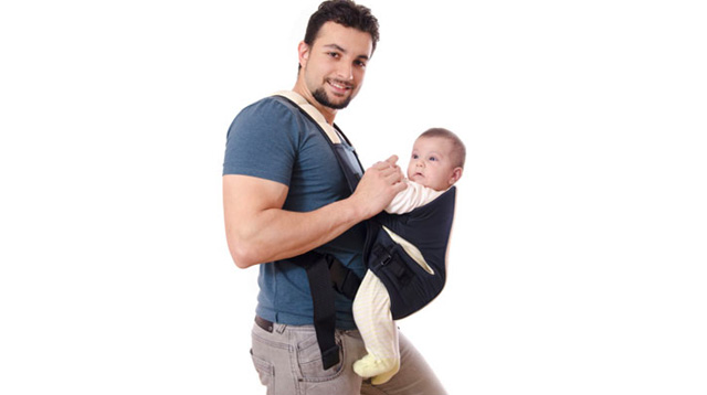 5 Things Dads Love About Babywearing