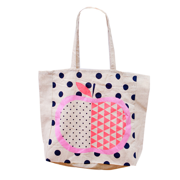 Daily Dose of Cute: Printed Apple Canvas Tote