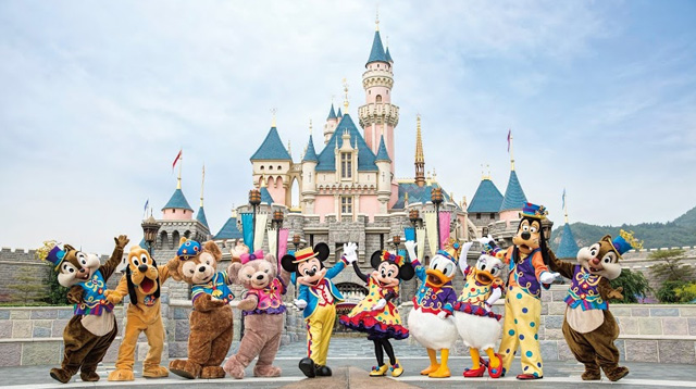 6 Must-See Attractions on your Next Visit to Hongkong Disneyland