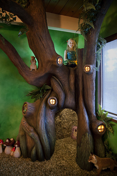Enchanted Fairytale tree house room 2