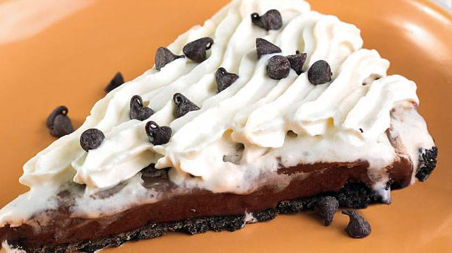 Weekend Recipe: Frozen Choco Velvet Pie