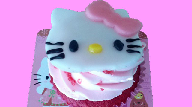 Around Town: Hello Kitty Pop-up Cafes