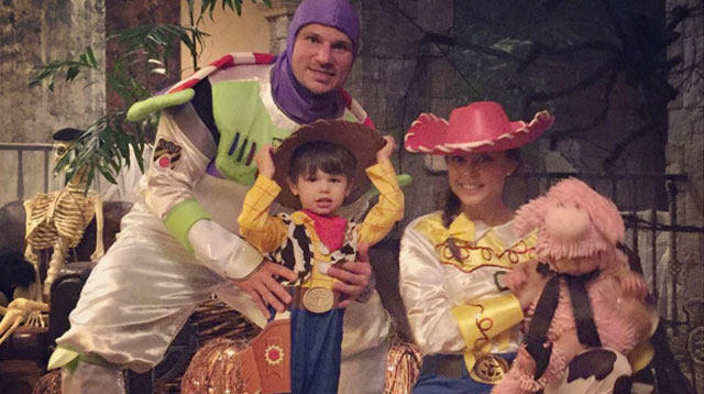 11 Hollywood Family Costumes That Rocked This Year's Halloween