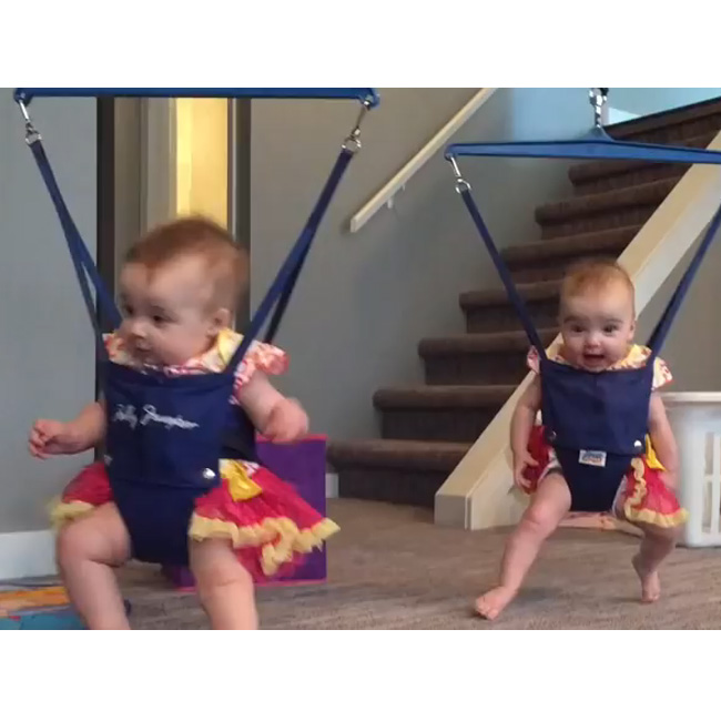 This Made Our Day: These Twins Are Having A Blast Doing An Irish Dance