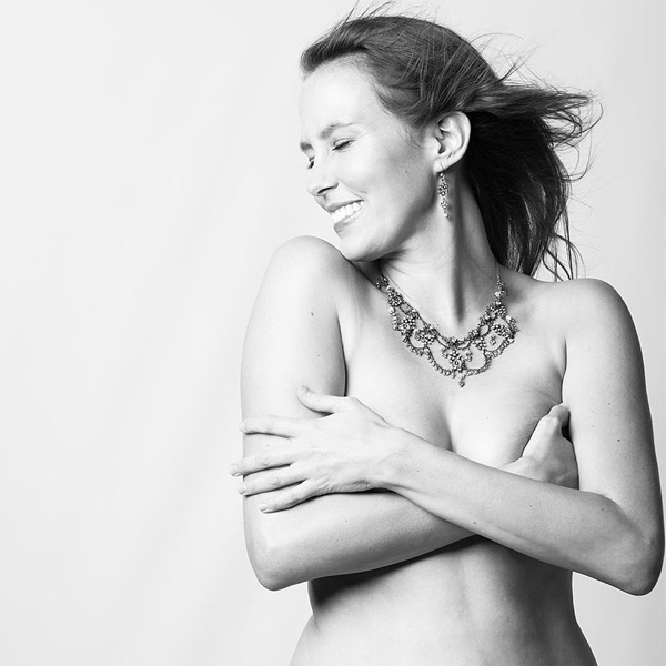 Top of the Morning: Photographer Captures Images of Real Women Postpartum, Stretch Marks and All