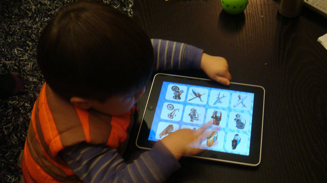 Growing Up Digital: 4 Key Things Parents Should Keep in Mind